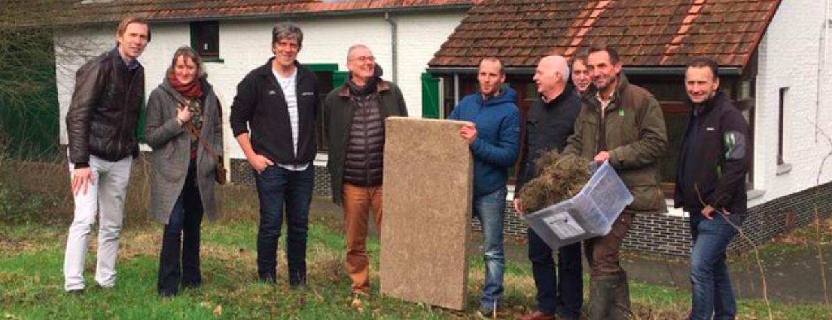 NewFoss produceert eerste isolatiemat uit gras